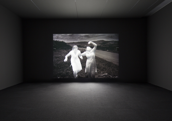 Alfredo Jaar, Shadows, 2014. Mixed media installation, SCAD Museum of Art. Commissioned by the Savannah College of Art and Design with support from the Ford Foundation. Courtesy of Galerie Lelong, New York.