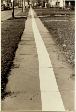 Jaime Davidovich, Sidewalk, 1971. Courtesy of the artist and Henrique Faria, New York.